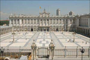 Visita guiada al Palacio Real de Madrid - Semana del Mayor @ Calle General Asensio