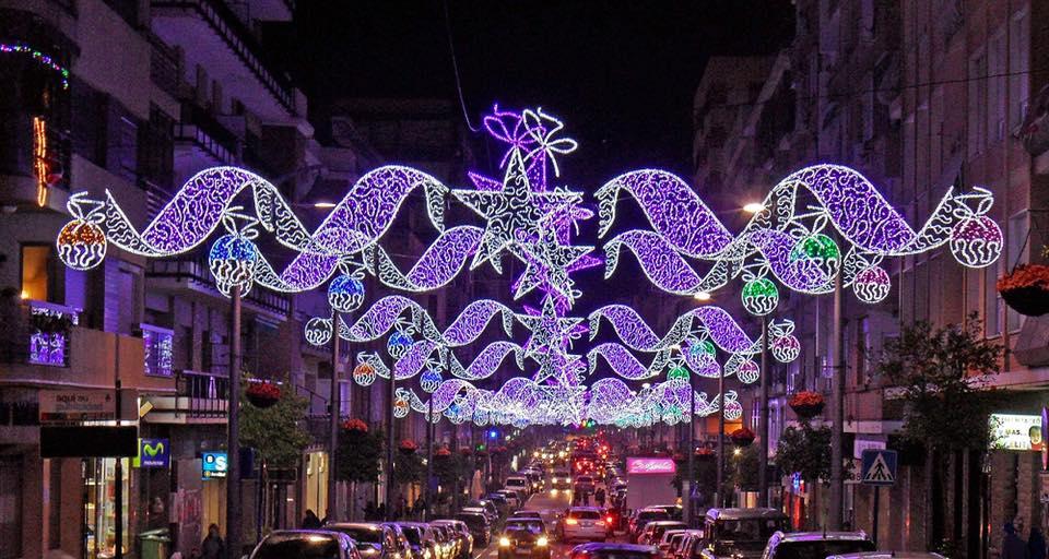 Visita al alumbrado y el mercado de Navidad de la Plaza Mayor de Madrid @ Plaza Mayor