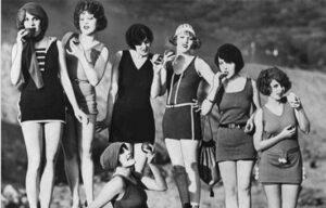 """Conferencia-coloquio """"Las Sinsombrero. Mujeres de la generación del 27"""""""